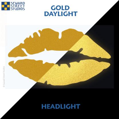 992 Gold Reflective Lips Decal by Seward Street Studios showing both daylight and headlight lighting